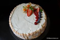 Tort Diplomat cu fructe Savori Urbane (2) Pavlova, Romanian Food, Biscuits, Ale, Sweet Treats, Dessert Recipes, Sweets, Cooking, Pastries