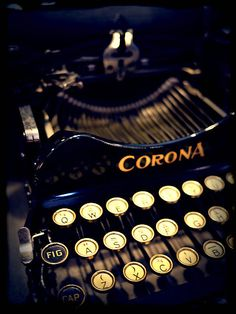 Vintage Corona typewriter by Phoenix55