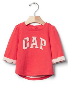Gap on Wondermall - Floral logo curved top