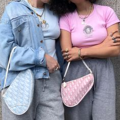 clothes by Kally on We Heart It Aesthetic Bags, Aesthetic Clothes, Fashion Bags, Fashion Accessories, Fashion Outfits, Accesorios Casual, 2000s Fashion, Cute Purses, Vintage Bags
