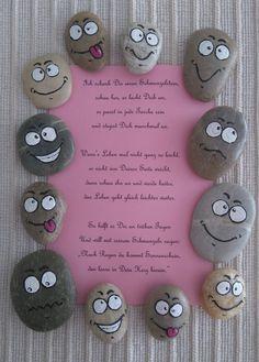 More - Smiley mit Spruch - ein Designerstück von Artbeat-Br . Smiley Faces, Smiley Emoji, Painted Rock Cactus, Painted Rocks, Art Beat, Kindergarten Portfolio, Happy Paintings, Diy Hacks, Handicraft
