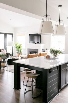 New kitchen lighting black islands Ideas Kitchen Themes, Kitchen Colors, Home Decor Kitchen, New Kitchen, Kitchen Ideas, Kitchen Island, Kitchen Tips, Kitchen Interior, Island Bar