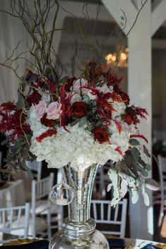 Burgundy and Blush Centerpieces The French Bouquet Tulsa, Ok Spain Ranch Photos: Kelbert McFarland Photography