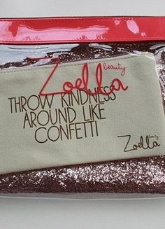 Kupuj mé předměty na #vinted http://www.vinted.cz/kosmetika-a-prislusenstvi/dekorativni-kosmetika-prislusenstvi/14575038-zoella-beauty-make-up-bag-3x-zoella-sada-kosmetickych-tasticek