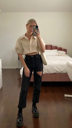 Aesthetic Fashion, Look Fashion, Aesthetic Clothes, Fashion Outfits, Womens Fashion, Estilo Cool, Jeans Boyfriend, Look Chic, Cute Casual Outfits
