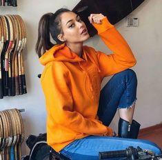 dilan çiçek deniz Love You Baby, Turkish Beauty, Turkish Actors, Couple Goals, Ariana Grande, Actresses, Celebrities, My Style, People