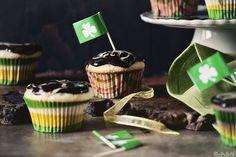 Irish-Cream-Cupcakes-0584 by PasstheSushi, via Flickr
