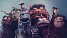 Assorted Muppet Monsters in the late On the far left, is the monster that would eventually become furry, loveable, old Grover. Jim Henson Puppets, Comic Character, Character Design, Sesame Street Muppets, Fraggle Rock, The Muppet Show, Puppet Making, Red Books, Monster Design