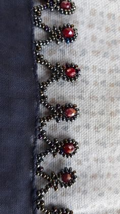 Bead Embroidery Tutorial, Hand Embroidery Stitches, Beaded Embroidery, Easy Sewing Projects, Sewing Hacks, Girls Dresses Sewing, Profile Picture For Girls, Sewing Techniques, Diy And Crafts