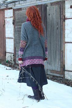 Ravelry: VirginijaSan's Debesų mozaika/Mozaic Of Clouds Knitting Designs, Knitting Projects, Knitting Ideas, Pattern Design, My Design, Knitted Coat, Ravelry, Lace Skirt, Vest