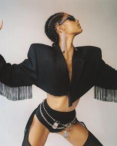 Fashion Poses, Fashion Outfits, Foto Glamour, Kreative Portraits, Moda Outfits, Shooting Photo, High Fashion, Womens Fashion, Lookbook