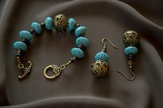 Artbeader Anna W. finished her bracelet and earring set with a toggle clasp from TierraCast. Beautiful!