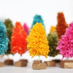 Add some fun mini christmas trees to your holiday decor. See how they were used in a centerpiece. cute, thanks so xox