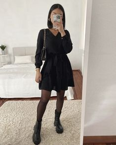 Outfits Otoño, College Outfits, Retro Outfits, Cute Casual Outfits, Simple Outfits, Fashion Line, Look Fashion, Womens Fashion, Outfits Juvenil