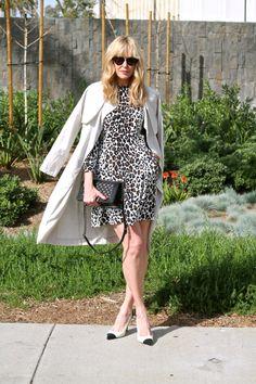 #jenknowsbest #jenandrews #leopard #trench @alc_ltd #streetstyle #style #blog #blogger #fashionblogger www.jenknowsbest.com