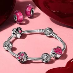 The NEW Pandora Valentines collection has arrived!!! Stop by the store and check it out! #jewelryboutique #grandhaven #pandora #theartofyou #valentines #vday2017