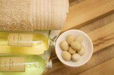 BrightNest | 12 Clever Uses for Tea Tree Oil at Home, #sdhoonmaken, tea tree olie tegen schimmel, 12 x recept voor schoonmaak