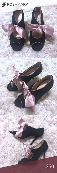 L.K.Bennett Black Suede Pink Bow Open Toe Pumps Beautiful L.K.Bennett suede open toe Pumps. Excellent preowned condition. Size 37, translates to a 7. Sophisticated thin heel, bow is attached to a stretchy piece of fabric so you just slide the shoes on and off. LK Bennett Shoes Heels
