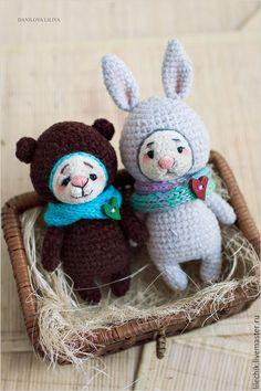 Купить Мишаня - коричневый, медведь, медвежонок, игрушка в подарок, вязаная игрушка, подарок девушке, мишка