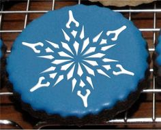 Small Crystal Snowflake Cookie
