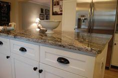 Best Countertops for White Cabinets | ... 580x385 Granite Countertops with White Cabinets for Kitchen Ideas