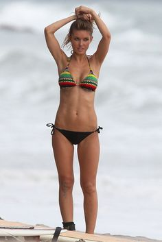 This girl is dumb as rocks. But she's got an amazing body!