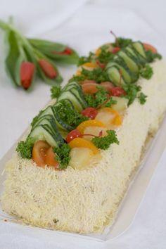 Lihavoileipäkakku Cake Sandwich, Sandwich Recipes, Sandwiches, Salty Cake, Food Decoration, Tea Parties, Cheesecakes, Avocado Toast, Yummy Food
