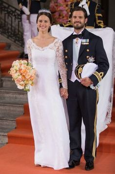 4176d4126d70 Prince Carl Philip Photos - Prince Carl Philip of Sweden is seen with his  new wife Princess Sofia, Duchess of Varmland after their marriage ceremony  on June ...