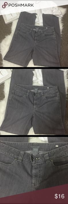 "Ann Taylor curvy Fit size 6 Jeans Gray Really nice pair of gray jeans. Two front pockets and two back pockets with button closure. Curvy fit size 6, lower on waist.  Inseam 32"", rise 8"". Super cute, you'll love 'em! Ann Taylor Jeans Boot Cut"