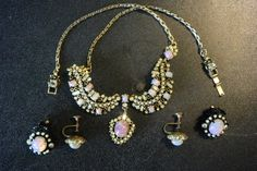 Hollycraft Pink Opal Vintage Necklace and 2 Pairs by NuggleBunns