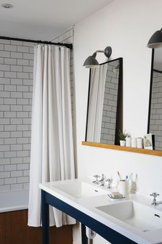 Tour a Beautifully Renovated English Terrace House Bathroom Images, Kitchen Images, Bathroom Ideas, Basement Bathroom, Bathroom Shelves, Bathroom Designs, Bathroom Inspiration, Master Bathroom, Concrete Floor Coatings