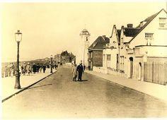 Wandelen over de Boulevard van Katwijk, doen we nog steeds. Met dit verschil dat er nu ook een mooi Duinpad is.