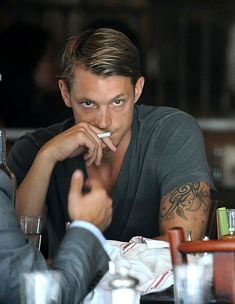 Joel Kinnaman isn't the greatest actor, but he's LOVELY to look at. My secret Swedish boyfriend.