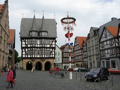 Alsfeld is a medieval town known as a European Model Town. It is surrounded by the Schwalm river, the Vogelsberg mountains, the Alsfeld depression, and the Knüll mountain range. @RothCheese #AdventureAwaits