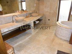 Kúpeľňa v Ivánke pri Dunaji z Travertínu Ivory a Classic | Travert s.r.o.http://travert.sk/referencia/kupelna-v-ivanke-pri-dunaji-z-travertinu-ivory-a-classic
