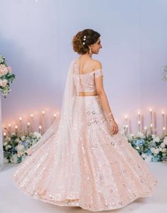 Planning to shop in Mumbai for your bridal wear? This detailed Mumbai Lehenga Shopping Guide will help you cruise through your shopping experience. Baby Pink Saree, Pink Lehenga, Lehenga Blouse, Indian Lehenga, Bridal Lehenga, Mehendi Outfits, Wedding Guest Style, Desi Wedding, Wedding Ideas