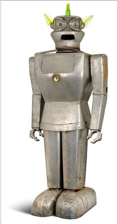 Cygan the giant robot to bring $12,000 to Christie's?