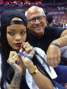 Rihanna Donates $25,000 to LAPD After Selfie Fail During Clippers Game.   The pop singer was sitting next to L.A. Police Commission President Steve Soboroff while courtside Friday night at the Los Angeles Clippers game, and the two decided to take a selfie together. Unfortunately, RiRi accidentally dropped Soboroff's phone on the court and cracked the screen. Nooooo! Of course, the reasonable thing to do would be to get him a brand new phone, right? Sure. But Rihanna did more than that.