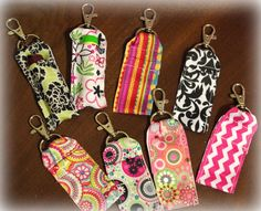 Clip-On Ribbon Lip Balm Holder Clip-On Ribbon Chapstick HolderClip-On Ribbon Chapstick Holder Ribbon Projects, Easy Sewing Projects, Sewing Projects For Beginners, Sewing Hacks, Sewing Crafts, Sewing Ideas, Sewing Tips, Diy Lip Balm, Crochet Keychain