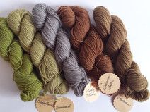 125g pflanzengefärbte Sockenwolle