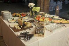 Tavolo buffet di Giemme Ricevimenti, presso Corte Dei paduli - Wedding Location - Reggio E., italy www.deipaduli.org