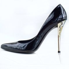 """Stuart Weitzman 'Naughty' Patent Leather Pumps Stuart Weitzman Naughty Patent Leather Pumps! A must have for your closet! Wear to work or play. Excellent condition. Gently used. Insole faded from cleaning. Wear with skinny jeans. Glossy leather upper. Vamp cut lower for femininity and leg-lengthing effect. Pointed toe. Silver electroplated metal heel.  4"""" heel. Size 6m. Fits true to size. Cleaned with organic cleaner. Stuart Weitzman Shoes Heels"""