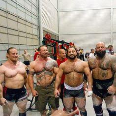 powerlifting motivation - Google zoeken Powerlifting Motivation, Fit Motivation, Tweed Men, Pumping Iron, Muscle Up, Weight Lifting, Power Lifting, Bodybuilding Motivation, Fitness Fashion