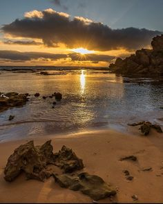 Sun burst at the crags near Port Fairy by craig_richards_photography http://ift.tt/1UokfWI