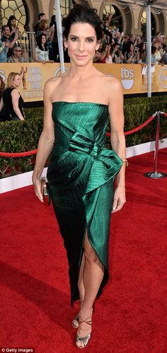 Best Dressed @ 2014 SAG Awards | Sandra Bullock  in an emerald green Lanvin gown, Jimmy Choo silver sandals and a Roger Vivier box clutch