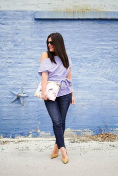 We cannot get enough of the off the shoulder top craze! Off The Shoulder Tunic, Girls Night Out Outfits, Floral Clutches, Nude Heels, Love Affair, Stylish Girl, Distressed Denim, Stitch Fix, Cute Girls