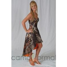 This camo formal can be worn as an informal wedding gown, prom or any other special occasion. Lots of accessories are available in Mossy Oak New Breakup camouflage. Camo Formal Dresses, Camo Bridesmaid Dresses, Homecoming Dresses, Bridesmaids, Camo Wedding, Camouflage Wedding, Dream Wedding, Dream Prom, Blush Pink Wedding Dress