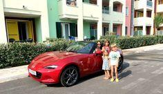 Familienurlaub mit dem Mazda MX5 Roadster! WAAAAAS?!!? Mazda Mx5, Bmw, Vehicles, Family Vacations, Convertible, Viajes, Car, Vehicle, Tools