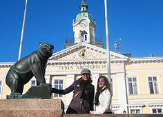 The bear is the symbol of Pori, Finland and this statue sits in front of town hall. Apparently, Pori, is where the Finns go to vacation ~