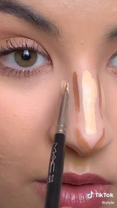 Do you want to learn how to contour your nose? Watch this Easy Makeup Contour Tips Tutorial Beauty TikTok by Nose Makeup, Contour Makeup, Skin Makeup, Beauty Makeup, How To Contour Nose, How To Makeup, Learn Makeup, Makeup Tutorial Eyeliner, Makeup Looks Tutorial